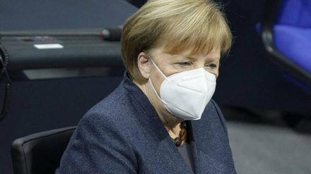 Angela Merkel bei einer Sondersitzung des Deutschen Bundestags (wue/spot)