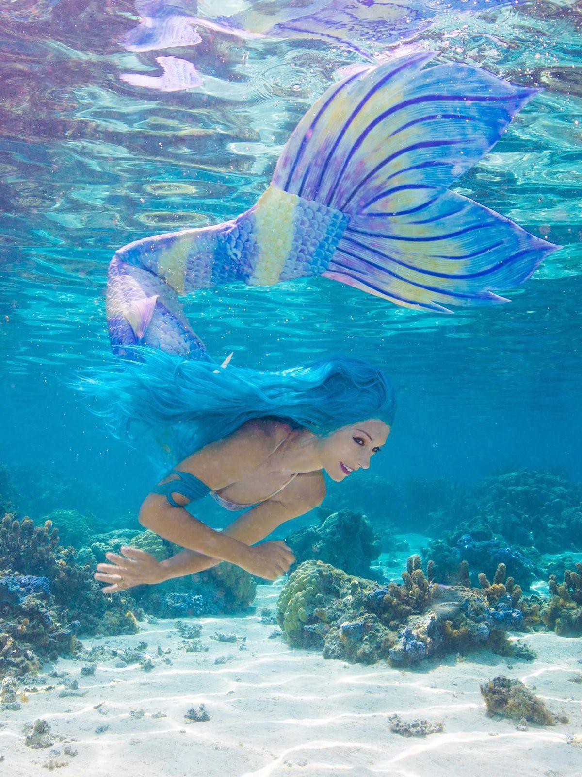 Meerjungfrau Katrin Gray: Unterwasserposing in 40m Tiefe