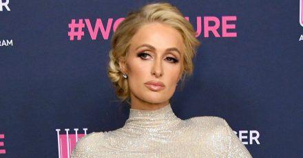 Paris Hilton hat immer Desinfektionsmittel dabei. Aber auf ihre eigene Art
