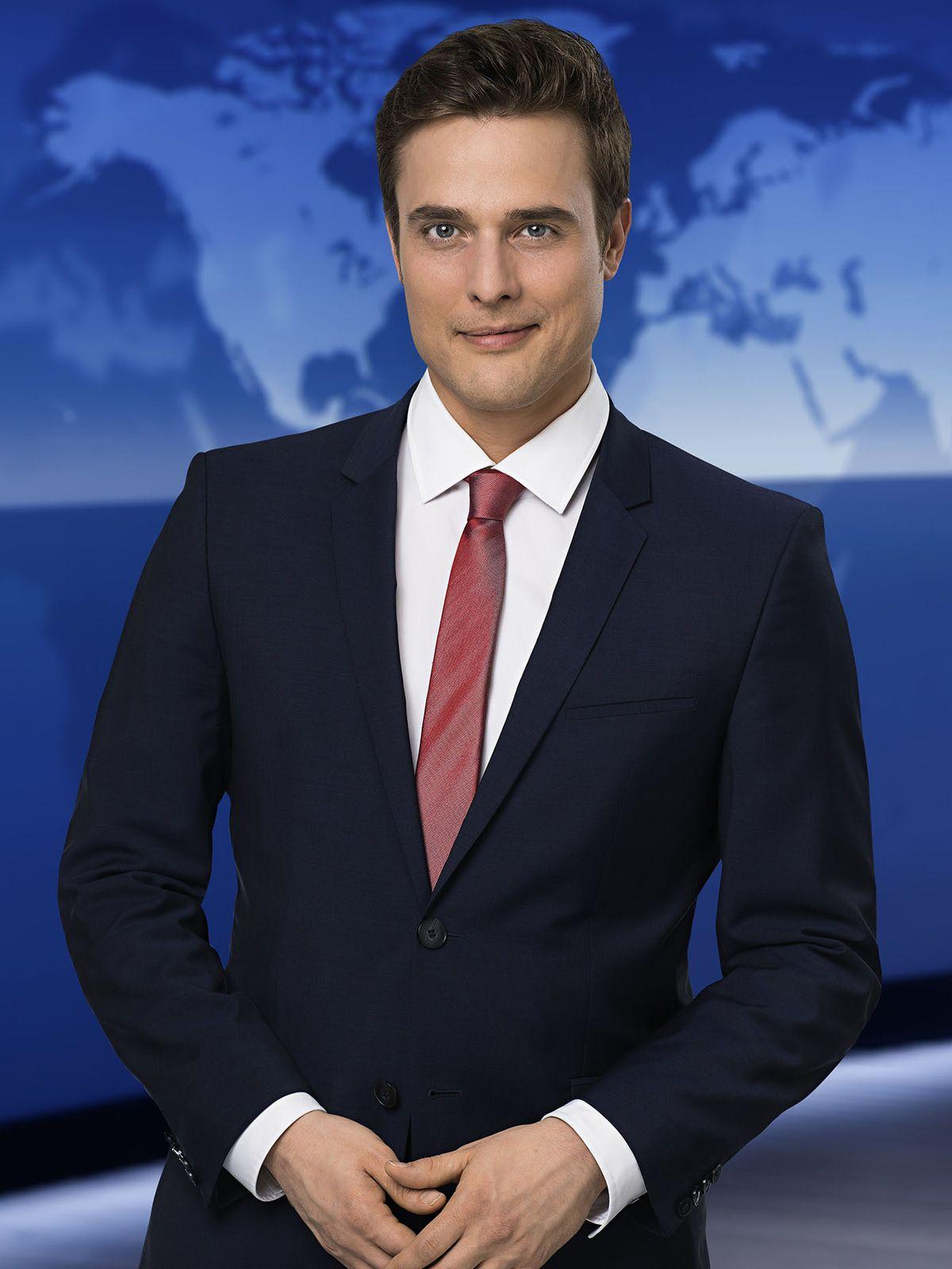 """""""Tagesschau"""": Constantin Schreiber von Superman-Vergleich überrascht"""
