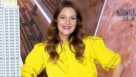 "Drew Barrymore nutzt dankt ""Bridgerton"" wieder Dating-Apps"