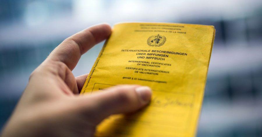 Nicht nur wegen Corona:Der internationale Impfausweis ist schon heute ein wichtiges Reisedokument.
