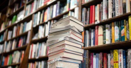 Der zweite Lockdown hat das Weihnachtsgeschäft im Buchhandel belastet.