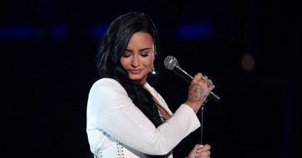 Demi Lovato hat immer wieder offen über ihre Alkohol- und Drogensucht gesprochen.