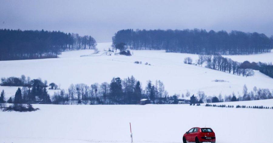Eine in der Nacht durchziehende Schneefront hat vielerorts für reichlich neuen Schnee gesorgt.