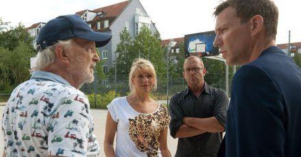 «Liebe ist unberechenbar» mit Knut Berger (r) und Michael Gwisdek (l) sowie Tanja Wedhorn und Heino Ferch hat im Quotenrennen den zweiten Platz geholt.