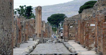 Die archäologische Ausgrabungsstätte von Pompeji.