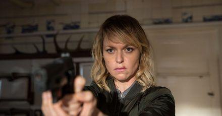 Scheut nicht den Griff zur Waffe: Die Ermittlerin Heller (Lisa Wagner) sprengt einen Mädchenhändlerring.