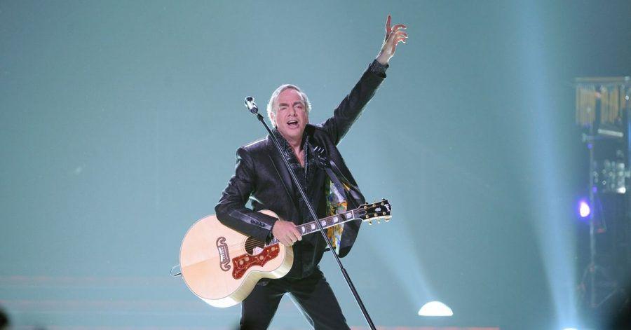 Neil Diamond 2011 bei einem Konzert in Berlin.