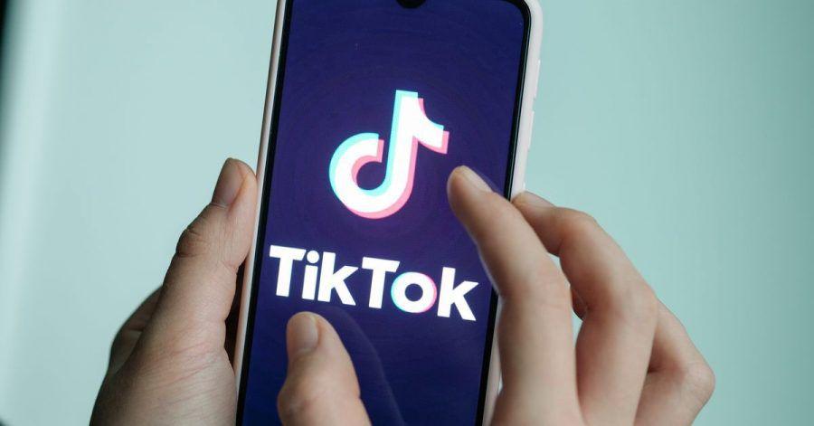 Nach dem Tod einer Zehnjährigen bei einer sogenannten «Blackout Challenge» auf Tiktok hat Italien den Zugang zu Tiktok für Nutzer gesperrt.