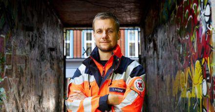 Tobi Schlegl gibt Rettungsdienst und Pflege eine Plattform.