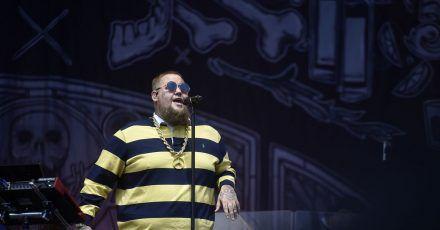 Rag'n'Bone Man hat sich Soul und Funk auf seine Fingerknöchel tätowieren lassen.