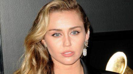 Miley Cyrus hat mit ihrer Hündin eine wichtige Begleiterin ihres Lebens verloren. (jom/spot)