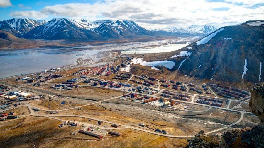 Longyearbyen in Norwegen macht es seinen Bewohnern nicht leicht. (kms/spot)