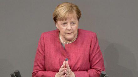 """Angela Merkel ruft weiter zu """"Besonnenheit und Rücksicht"""" auf (hub/spot)"""