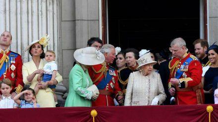 Die Royals auf dem Balkon des Buckingham Palasts bei Trooping the Colour im Jahr 2019 (hub/spot)