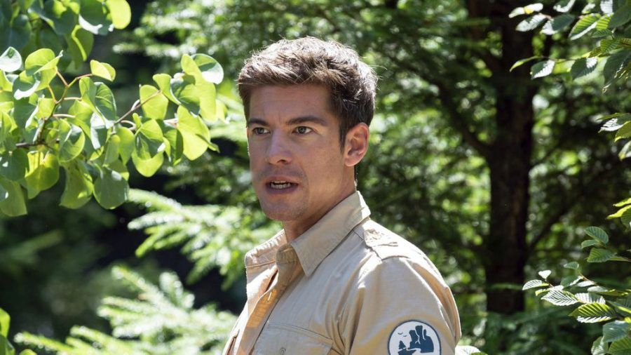 """""""Der Ranger - Paradies Heimat: Junge Liebe"""": Besorgt muss Jonas (Philipp Danne) feststellen, dass seine Schützlinge verschwunden sind (cg/spot)"""