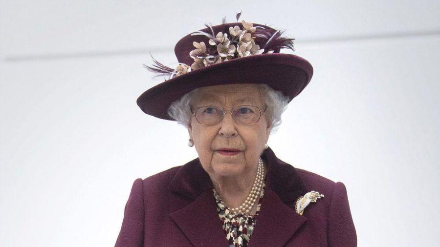 Queen Elizabeth II. sieht sich mit einem weiteren Sex-Skandal rund um das britische Königshaus konfrontiert. (stk/spot)