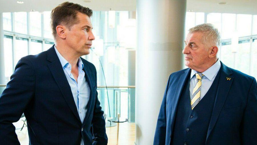 """Wolfram Grandezka und Heinz Hoenig in """"Verbotene Liebe - Next Generation"""". (obr/spot)"""