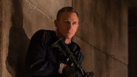 Daniel Craig hat als James Bond nun seit über einem Jahr den Finger am Abzug - wann darf er ihn endlich im Kino drücken? (stk/spot)
