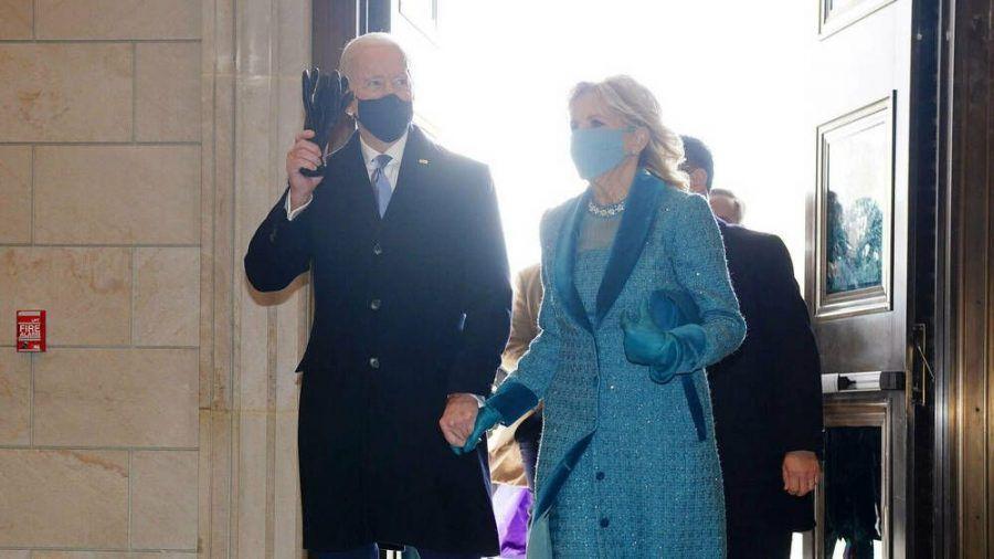 Der neue US-Präsident Joe Biden und seine Ehefrau Jill vor der Amtseinführung (wue/spot)