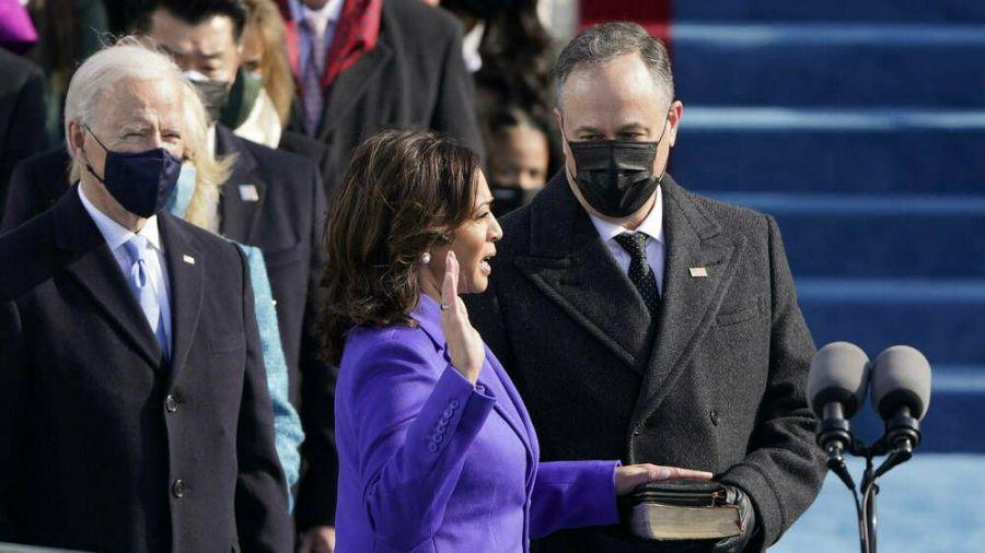 Joe Biden (l.) und Kamala Harris bei der Amtseinführung (wue/spot)