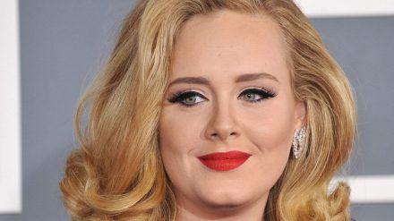 Adele 2012 bei der Grammy-Verleihung (mia/spot)