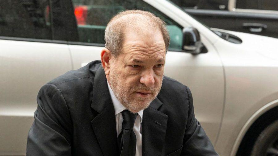 Harvey Weinstein sitzt inzwischen eine 23-jährige Haftstrafe ab. (ili/spot)