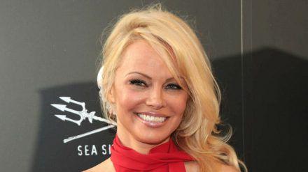 Pamela Anderson will ihre Zeit zukünftig lieber in der Natur und nicht in den sozialen Netzwerken verbringen. (stk/spot)