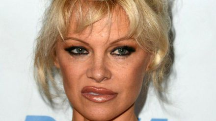 Pamela Anderson hat sich von Instagram und Co verabschiedet. (mia/spot)
