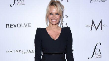Pamela Anderson hat heimlich geheiratet. (jom/spot)