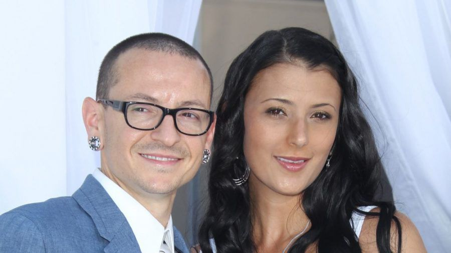 Chester und Talinda Bennington bei den Billboard Awards 2012 (ili/spot)