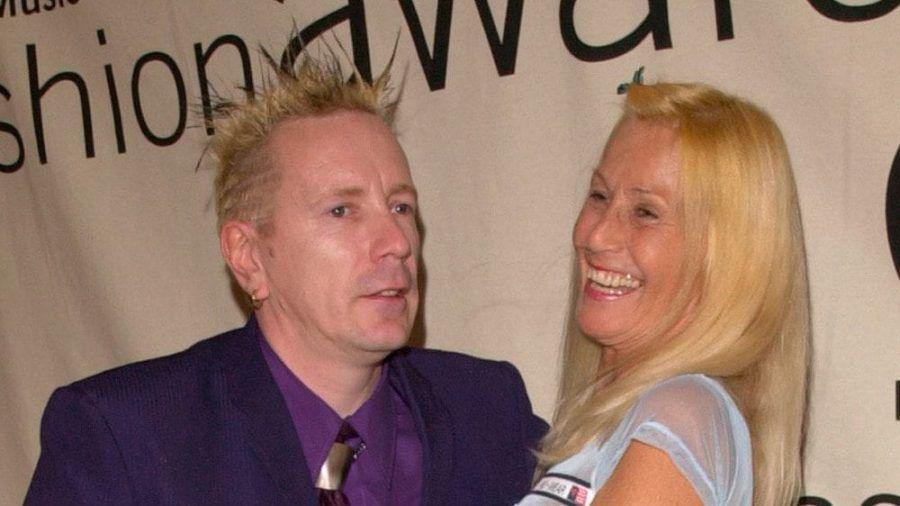 Johnny Rotten und seinen Frau Nora Forster vor einigen Jahren in New York City. (dr/spot)