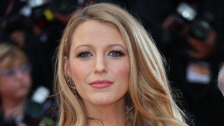 Schauspielerin Blake Lively hatte mit Unsicherheiten zu kämpfen. (amw/spot)