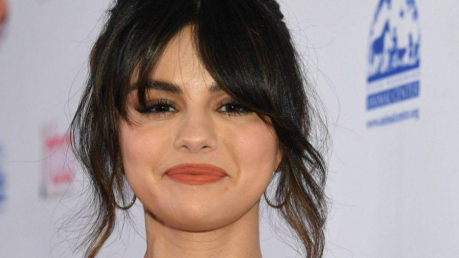 Selena Gomez ist zurück als tollpatschige Köchin