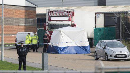 39 Tote im Lkw: Lange Haft für Schleuser