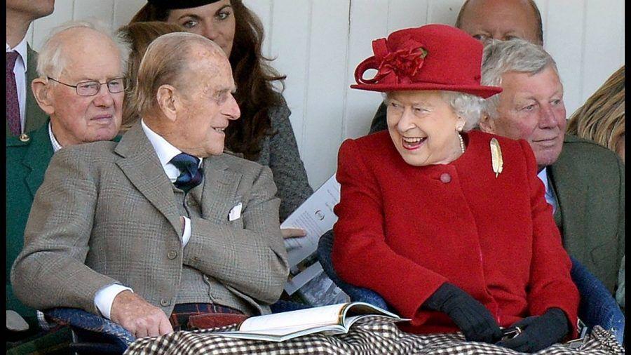 Video: DIESE Wörter dürfen Royals wie Prinz Harry & Co. nicht sagen