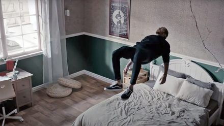 """Dennis Lloyd: Mit """"Anxious"""" kommt der erste neue große Hit 2021"""
