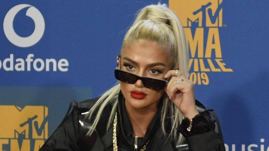 """Loredana hetzt ihre 2.8 Mio. Fans auf Apotheker: """"So ein Schwein!"""""""