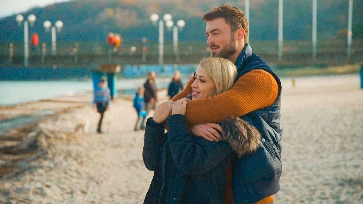"""""""Bachelor"""": Niko vergibt seinen ersten Kuss an Denise - und bereut es!"""