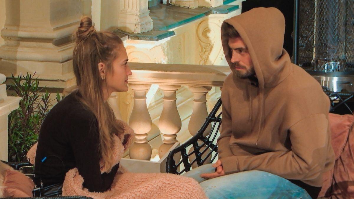 """Bachelor"": Mimi kassiert Shitstorm, nach peinlicher Eifersuchtsattacke"