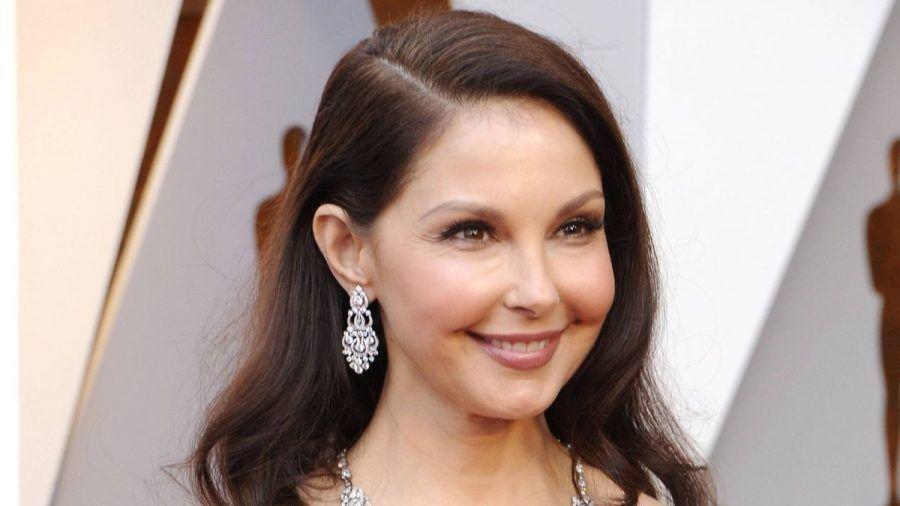 Ashley Judd zeigt hier die dramatische Reise vom Unfall bis ins Krankenhaus