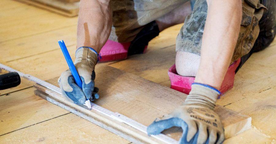 Je nach Tätigkeit kommt es bei Schutzhandschuhen nicht nur auf eine möglichst hohe Robustheit an. Auch andere Eigenschaften sind wichtig.
