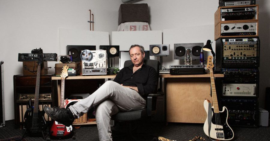 Bissige Betrachtungen der Gegenwart:Rainald Grebe macht «Popmusik».