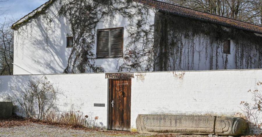 Das ehemalige Wohnaus «Ganslberg» des Bildhauers Fritz Koenig in Landshut.
