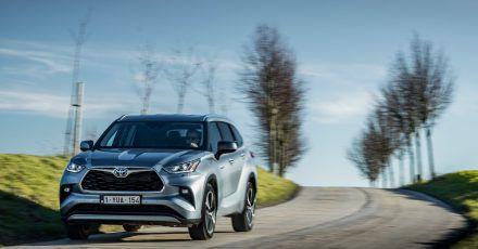 Toyota bietet den Highlander erstmals auch in Europa an. Erhältlich ist hierzulande allerdings nur als Hybrid-Variante.