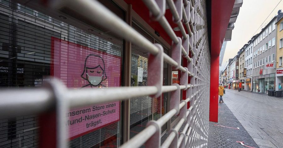 Gitter vor geschlossenen Geschäften gehören im Corona-Lockdown zum Alltag.
