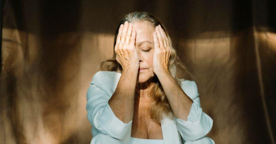 Wer an einer posttraumatischen Belastungsstörung leidet, fühlt sich im Alltag oft wie betäubt.