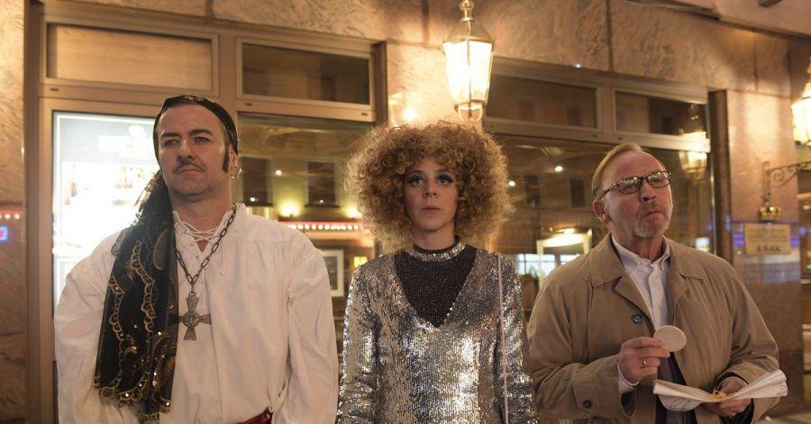 Das schräger Ermittler-Trio:Harald Neuhauser (l-r, Marcus Mittermeier), Angelika Flierl (Bernadette Heerwagen) und Ludwig Schaller (Alexander Held).