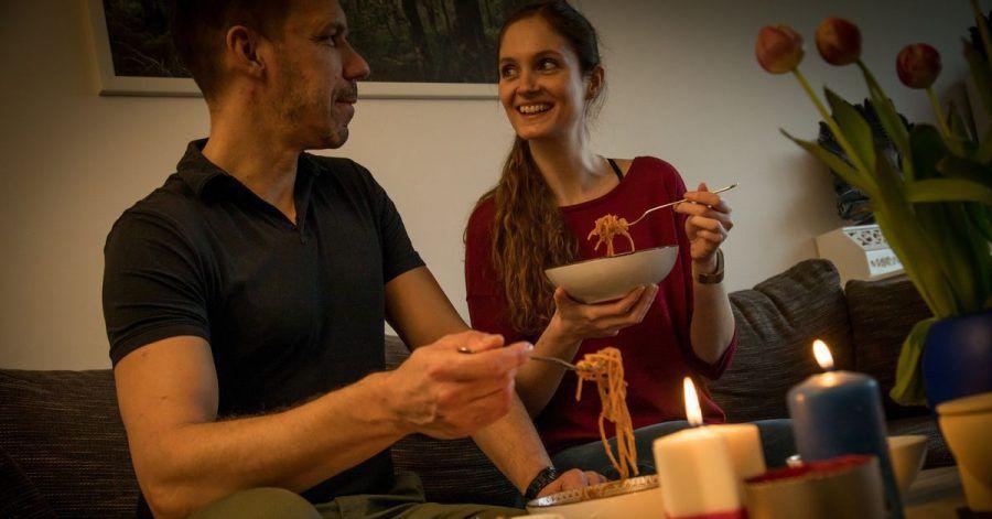 Ein feierliches Essen zuhause kann ein Gegengift zum Chaos in Zeiten von Lockdown und Homeschooling sein.